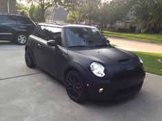 custom mini cooper Mini Cooper Custom, Matte Cars, Black Betty, Mini One, Cars And Motorcycles, Jeep, Mini Coopers, Trucks, More