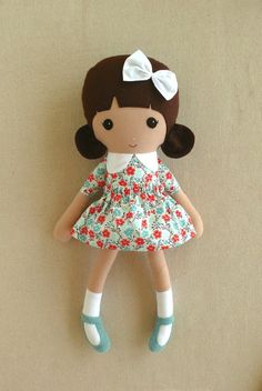 FabricDoll Rag Doll Brown Haired Girl in Sweet Blue by rovingovine                                                                                                                                                                                 Mais