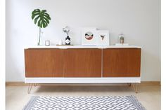 Mid Century Sideboard, Media Unit, Vinyl Storage. White With Copper Hair Pin Legs photo 1