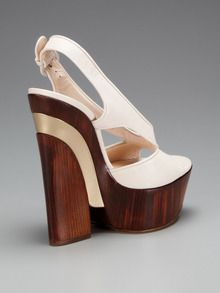 love the heel on this Casadei @giltgroupe