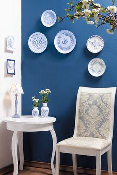 decorative wall plates ceramics blue vintage flair