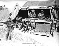 CEF's Ross Rifle Fiasco, Responsible For Countless Of Casualties Fact or Myth! Canadian Soldiers, Canadian Army, Ww1 History, Band Of Brothers, British Colonial, World War I, Wwi, First World, Troops
