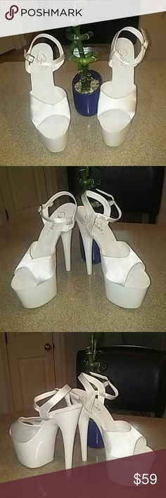 """Pleaser ADORE-709UV 6.5"""" Platform stelletoes Pleaser ADORE-709 ULTRA VIOLET 6.5"""" Platform stelletoes with a 3"""" platform in all white. Yes these baby's glow in the dark! Very sexy brand new in the box never worn...!  Pleaser Shoes Platforms"""