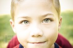 Boy, Outdoor. Children and Teen Photography | Eriden Images (c) 2013 Jacksonville, FL | www.eridenimages.com