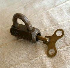 Under Lock And Key, Key Lock, Knobs And Handles, Door Handles, Antique Door Knockers, Unique Key, Old Keys, Vintage Keys, Key To My Heart