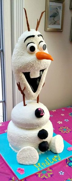 AMAZING Olaf Cake - this is super cute!