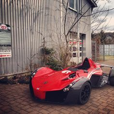 Don't want to give your mates lifts everywhere? Solution: Buy a BAC MONO!