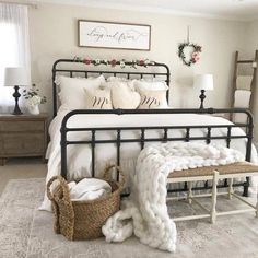 Are you searching for images for farmhouse bedroom? Browse around this website for cool farmhouse bedroom pictures. This particular farmhouse bedroom ideas looks entirely brilliant. French Country Furniture, French Country Bedrooms, Country Farmhouse Decor, Cottage Farmhouse, Country Farm Houses, Bedroom Country, Farmhouse Interior, Country Homes, Vintage Country