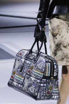 107a1aa05d4c Louis Vuitton Fall 2018 Ready-to-Wear Collection - Vogue Monde De La Mode