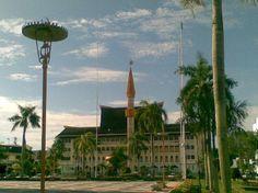 madrassah next to soas mosque   (zainin, Sep 2010)        Brunei Darussalam