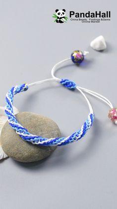 Tutorial on Ocean Style Braided Bracelet tutorial videos Diy Bracelets Video, Braided Bracelets, Knotted Bracelet, Bracelet Knots, Diy Crafts Jewelry, Bracelet Crafts, Diy Bracelet Designs, Diy Jewelry Videos, Beaded Crafts
