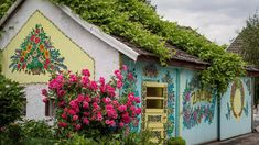 If you're planning a trip to Poland this year, do make it a point to visit the tiny colourful village of Zalipie.
