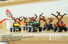 {The Organsied Housewife} Elf on the Shelf Idea 1212014