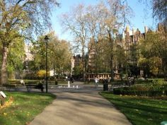 Russell Square, London. A beautiful park and one of the first I visited when I arrived in London. :)