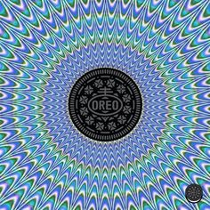 that cookie's far out, man #Ollusion Hypnotize Me, Illusion Art, Oreo Cookies, Trippy, Fractals, Illusions, Beach Mat, Cool Art, Outdoor Blanket