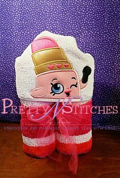 5X7 Lip Stick Peeker Applique Embroidery Design by PrettyNStitches, $4.25 USD