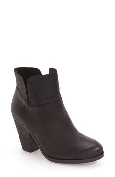 Free shipping and returns on Vince Camuto 'Helyn' Bootie (Women) at Nordstrom.com. Hints of Western influence–from a sturdy, stacked heel to a lightly distressed finish–make this leather ankle boot just right for channeling effortless everyday sophistication.