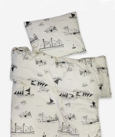 Slaap lekker onder de mooiste kinder dekbedovertrekken. Bekijk leuk beddengoed voor kinderen in zwart-wit en met kleurrijke prints.