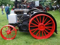 Tractors  ===>   https://de.pinterest.com/joancraftmaker/traction-engines/  ===>   https://de.pinterest.com/pin/557250153872496684/