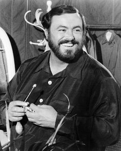 Luciano Pavarotti Photo at AllPosters.com