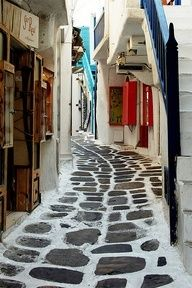 Charming alleyway in Mykonos island, Cyclades, Greece Santorini, Mykonos Greece, Mykonos Island, Mykonos Town, Dream Vacations, Vacation Spots, Places To Travel, Places To See, Places Around The World