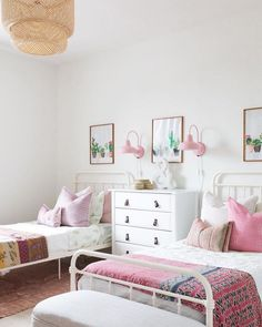shared girl bedroom decor, girl bedroom with two beds, pink boho girl bedroom Twin Girl Bedrooms, Shared Bedrooms, Little Girl Rooms, Girls Bedroom, Bedroom Decor, Bedroom Ideas, Master Bedroom, Shared Bedroom Girls, Kids Bedroom Designs