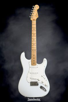 Fender Custom Shop Custom Deluxe Stratocaster Special - Olympic White | Sweetwater.com