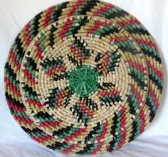 "Large Hand Woven Multicolor Platter/Wall Decoration 22"" Diameter"