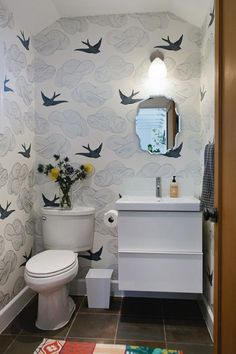 Lift your powder room or loo with a fresh and unfailingly cheerful bathroom wallpaper. Browse these stunning bathroom wallpaper ideas. Powder Room, Remodel, Room Wallpaper, Design Sponge, Backyard Studio, Small Bathroom Wallpaper, Bathroom Design, Bathroom Decor, Small Bathroom Remodel