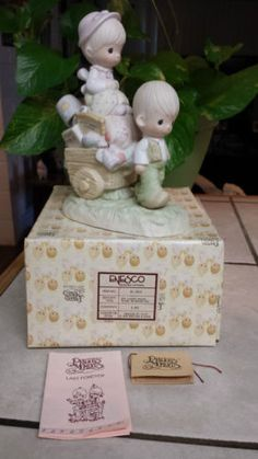 """PRECIOUS MOMENTS """"WALKING BY FAITH"""" E-3117 BOY PULLING WAGON W/BELONGINGS/BV$175 in Collectibles, Decorative Collectibles, Decorative Collectible Brands, Precious Moments, Figurines, Other Precious Moments Figures 