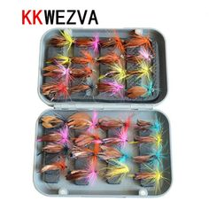 Attractive 32pcs with fly box fly fishing lure set Artificial bait trout fly fishing lures fishing hooks tackle Insect bait