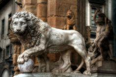 Florence.   Lion sculpture in Loggia dei Lanzi.