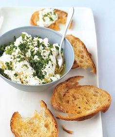 Ricotta and Herb Spread.maybe sour cream or cottage cheese then ricotta I Love Food, Good Food, Yummy Food, Tasty, Delicious Dishes, Yummy Yummy, Appetizer Dips, Appetizer Recipes, Dip Recipes