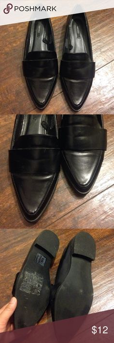 Pointed Toe Loafer Flats   Forever 21 Super cute menswear inspired pointed toe loafers. Only worn a handful of times and in great condition! Size 6 and TTS Forever 21 Shoes Flats & Loafers