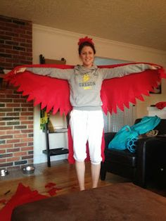 Living Life to the Fuller-est: Happy Halloween! And my DIY Parrot Costume