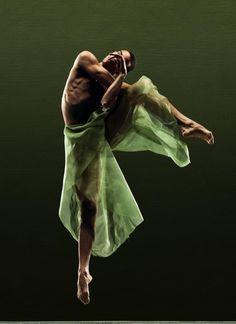 "Ricardo Zayas (Alonzo King LINE""S Ballet) photo by RJ Muna"