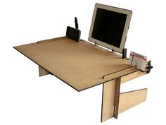 Büromöbel - Crodesk, ein kleines Büro immer dabei - ein Designerstück von Lexio_shop bei DaWanda