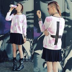 Genderfluid feminine fashion. Elliott Alexzander - houseofalexzander.com