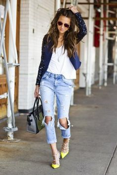Inspiration; Ripped Jeans | SCAF | Bloglovin'