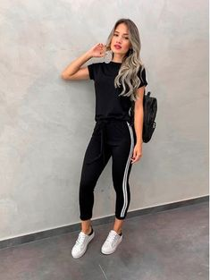 Spring Fashion Casual - Trend Topic For You 2020 Cute Casual Outfits, Sporty Outfits, Chic Outfits, Girl Outfits, Summer Outfits, Fashion Outfits, Fashion Tips, Spring Fashion Casual, Look Fashion