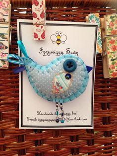 Handmade felt baby blue bird brooch ❤️