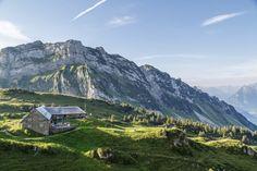 Die schönsten Berghotels für den Schweizer Bergsommer Bergen, Hotels, Switzerland, Mount Everest, Wonderland, Mountains, Country, Nature, Travel