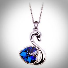 A lovely swan necklace!
