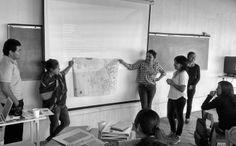 Comprender cuales son las fuerzas que determinan el futuro de las comunidades tomando en cuenta sus recursos y sus problemáticas. #EmprendeLab #SesionI