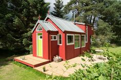 The NestHouse from Tiny House Scotland, a home under 400 sq ft with a stunning design.