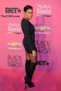 DO WE LOVE IT?! Jennifer Hudson Gets A CROPPED New Look  blackwomeninboots.blogspot.com
