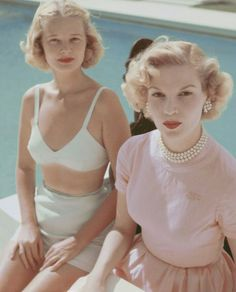 4849a7288517 10 style lessons that every woman could learn from Slim Aarons  muse C.