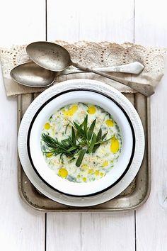 Hideg tökkrémleves kaporral és tárkonnyal | Chili és Vanília Decorative Plates, Chili, Tableware, Kitchen, Food, Home Decor, Amazing, Dinnerware, Cooking