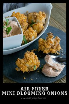 Air Fryer Mini Blooming Onions - Mini version of the classic blooming onion. Air fried for less oil and no mess. Serve with onion dipping sauce. Easy Appetizer Recipes, Dinner Recipes, Healthy Recipes, Appetizers, Gourmet Cooking, Easy Cooking, Blooming Onion Recipes, Actifry Recipes, One Dish Dinners