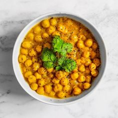 Easy healthy breakfast ideas on the good day song Easy Healthy Breakfast, Easy Healthy Dinners, Easy Healthy Recipes, Healthy Cooking, Easy Dinner Recipes, Healthy Eating, Delicious Recipes, Chickpea Coconut Curry, Healthy Recipe Videos